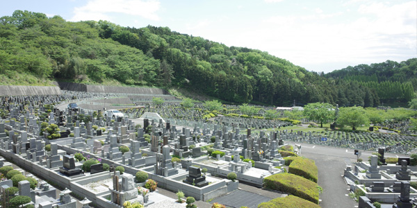 関西の墓地